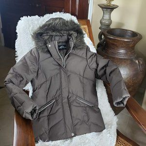 Jackets & Blazers - Brown Puffer Jacket with Faux Fur Hood, Size M